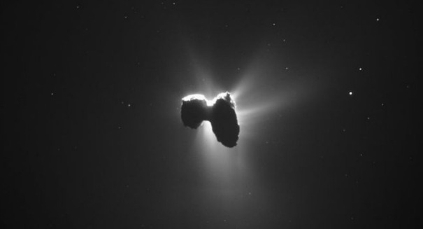 Check out this incredible image of Comet 67/P captured by Rosetta