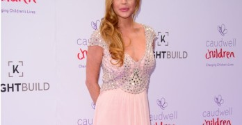 Lindsay Lohan attends the Caudwell Children Butterfly BalL 2016 on the 22nd June 2016 at Grosvenor Hotel in London. BANG MEDIA INTERNATIONAL FAMOUS PICTURES 28 HOLMES ROAD LONDON NW5 3AB UNITED KINGDOM tel +44 (0) 20 7485 1005 e-mail pictures@famous.uk.com www.famous.uk.com JHMH10091
