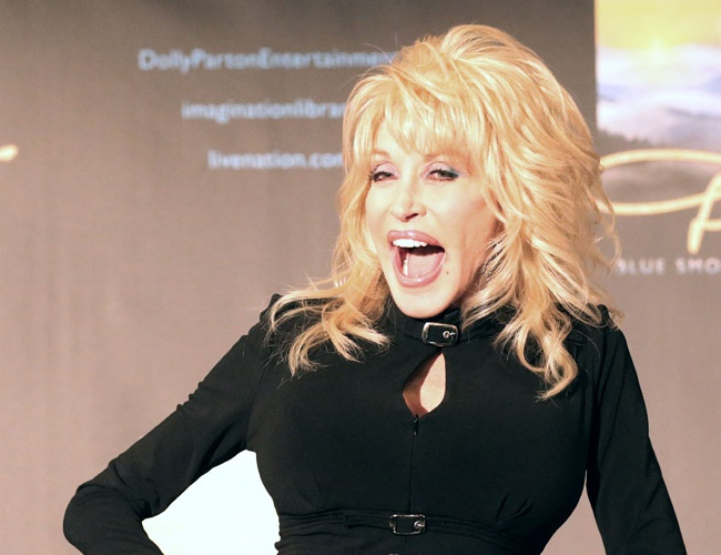 Dolly Parton credits distance for successful marriage