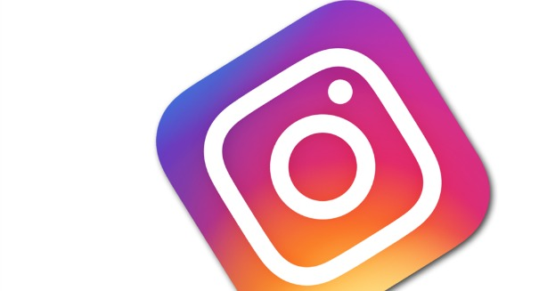 You can tell if you're depressed by checking Instagram … yes, seriously
