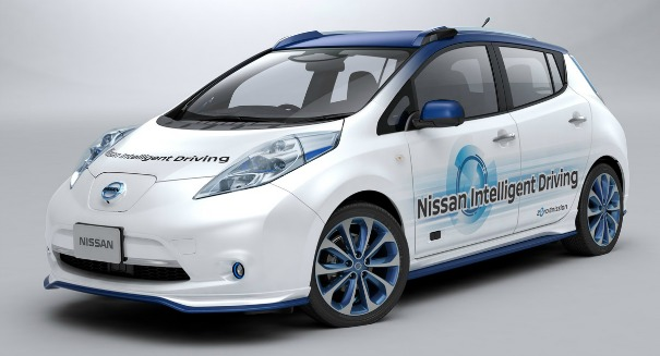 Nissan stuns industry with a robot electric car