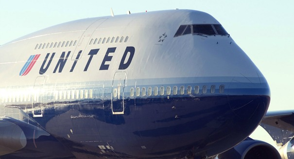 United Airlines caves to union demands, jacks up wages
